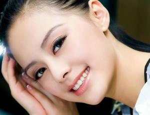Nâng mũi filler giúp nâng cao sống mũi đẹp tự nhiên