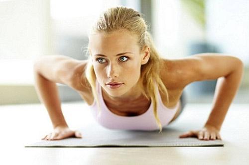 Chống đẩy giúp nâng ngực căng tròn hấp dẫn