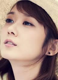 Chiếc mũi cao, thanh tú giúp bạn gái xinh đẹp và quyến rũ