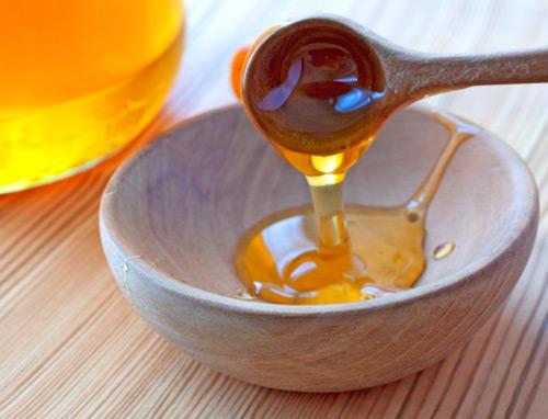 Mật ong là một giải pháp điều trị vết thâm nhanh chóng