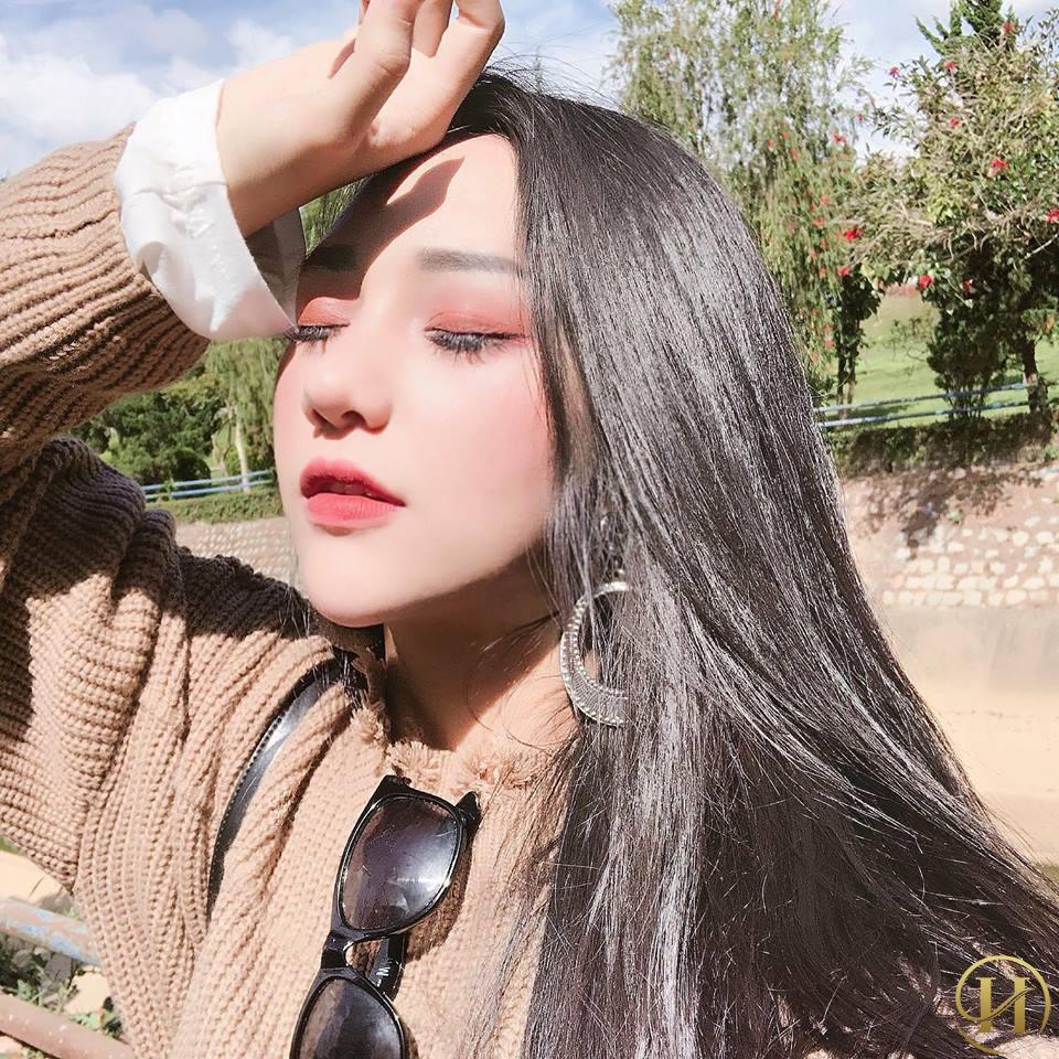 Nâng mũi Demi 5D giúp khuôn mặt của Hồng Thăm trở nên thanh thoát
