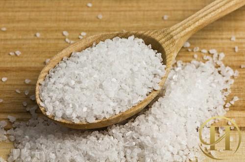 Hướng dẫn cách sử dụng muối hạt để trị tàn nhang
