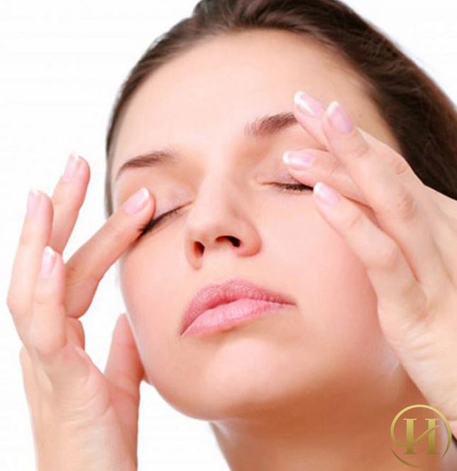 5 cách chữa trị nếp nhăn vùng quanh mắt siêu đơn giản