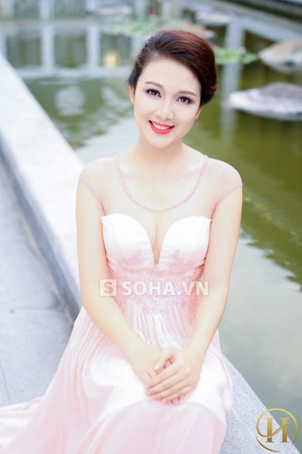 Hoa hậu tài năng tại Hoa hậu việt nam 2010 Nguyễn Phạm Bích Trâm là chủ nhân của bức ảnh này