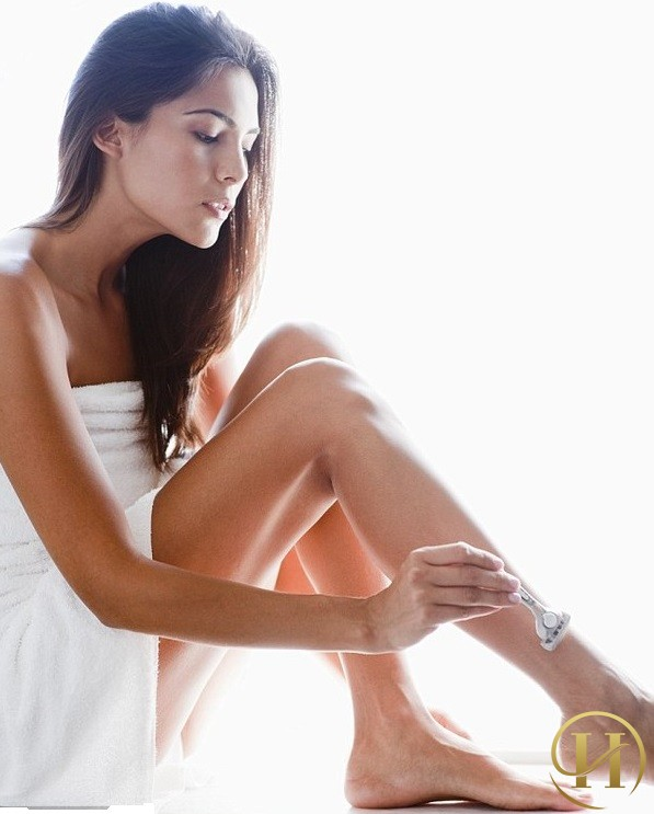 Nguyên nhân và cách khắc phục chứng rậm lông ở phụ nữ
