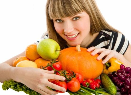 Bổ sung các thực phẩm giàu dinh dưỡng và rau xanh sau khi nâng mũi