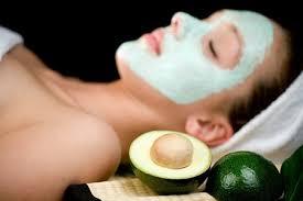 Hướng dẫn cách làm mặt nạ bơ để trị nám da mặt