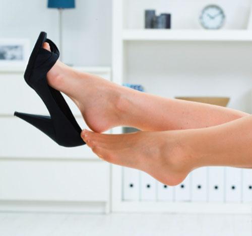 Trị gót chân nứt nẻ đơn giản với quả chuối